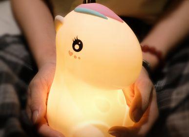Cadeaux - LAMPE LICORNE EN SILICONE  - KELYS- LUXYS