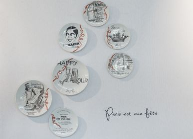 Other wall decoration - Wall installation of illustrated plates PARIS EST UNE FETE - VERONIQUE JOLY-CORBIN
