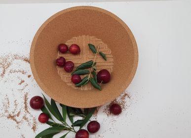 Platter, bowls - Losango Bowls- the choice of François Delclaux for What's New? Living - 3D CORK