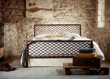 Lits - Industrial style Handmade iron bed - Model Dimitra - VOLCANO - HANDMADE IRON BEDS