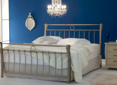 Beds - classic style Handmade iron bed - Model Victoria - VOLCANO - HANDMADE IRON BEDS