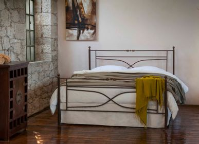 Lits - Blacksmith style Handmade iron bed of - Model Vienna - VOLCANO - HANDMADE IRON BEDS