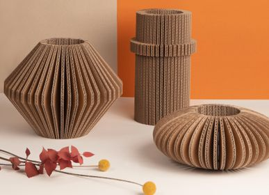Vases - vase made of recycled cardboard  / cache-cache  - TOUT SIMPLEMENT,