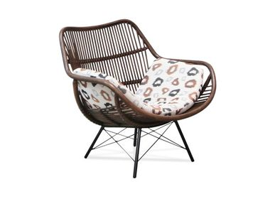 Lounge chairs - Asiento Lounge Chair - VIVERE COLLECTION
