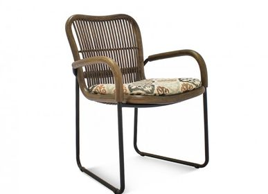 Armchairs - Asiento Arm Chair - VIVERE COLLECTION