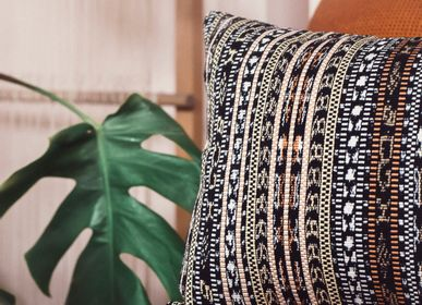 Cushions - PILLOW IKAT, Maria - COUTUME