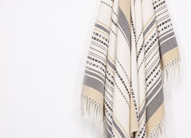 Bath towel - THROW MITLA, Blond - COUTUME