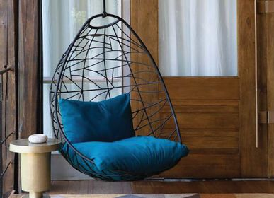 Spa - NEST EGG Hanging Chair - STUDIO STIRLING