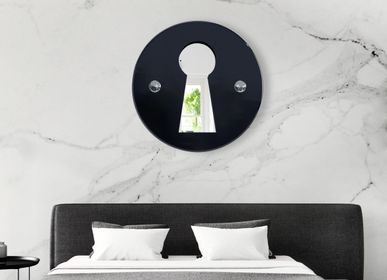 "Hotel rooms - ""L'INDISCRET"" - Wall mirror - MADE IN WAW ! BY CAROLINE SCHILLING"