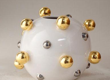 Ceramic - Round vase with golden spheres  - CERAMICA ND DOLFI