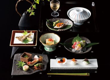 Everyday plates - Japanese dishes for restaurants - SHIROTSUKI / AKAZUKI JAPON