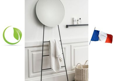 Mirrors - LOOK durable mirror on a ladder - GLASSVARIATIONS