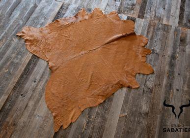 Rugs - Tinted cow skin - STUDIO SABATIER