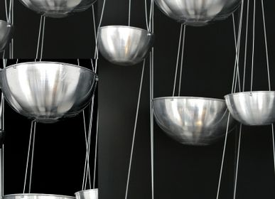Candles - SUSPENDED CANDLE - TERRE ET METAL