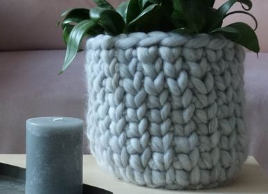Storage box - Chunky knit flower pot - PANAPUFA