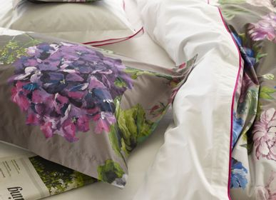 Bed linens - Alexandria Amethyst - Quilt and cushion case - DESIGNERS GUILD