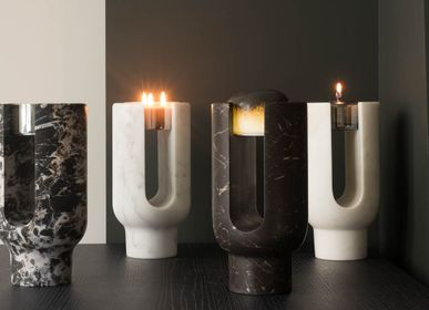 Candlesticks / candle holders - LYRA CANDLE HOLDER - OOUMM