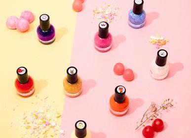 "Kids accessories - Water coated nail polish ""Ruby"" - ROSAJOU"