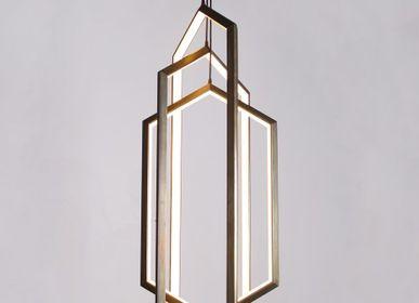 Hanging lights - ORBIS VX58 - TONICIE'S