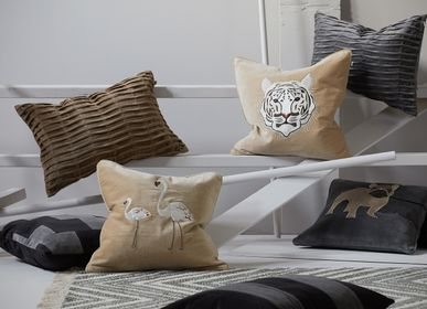 Cushions - Velvet Cushions - Animal motives - CHHATWAL & JONSSON