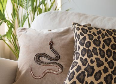 Fabric cushions - Velvet Cushions - Animal motives - CHHATWAL & JONSSON