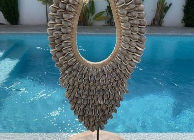 Decorative objects - CONCHA Tribal Shell Necklace Decoration / Wall Deco - CASA NATURA