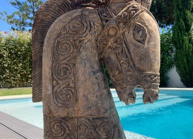 Decorative objects - HORSE Wooden statues with iron stand - CASA NATURA