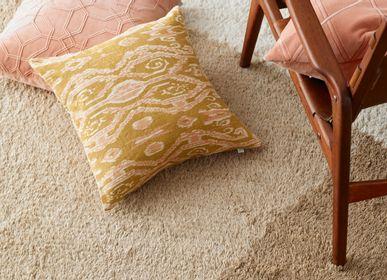 Fabric cushions - Linen Cushions - Ikat Madras - CHHATWAL & JONSSON