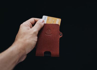 Leather goods - Minimal Card Holder - LO ESENCIAL