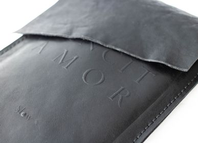 "Leather goods - LEATHER POCHETTE ""AMOR"" - SLOW"