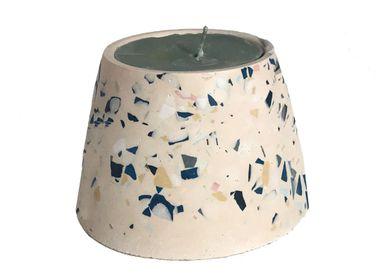 Decorative objects - Candle - LES PIEDS DE BICHE