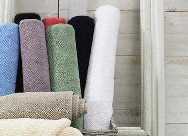 Bath linens - T-rug bath mat - AZUR