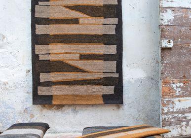 Tapis - Tapis Zébrures en feutre de laine fait-main - GHISLAINE GARCIN