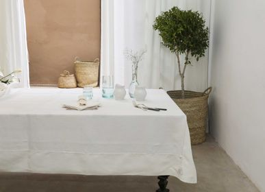 Kitchen fabrics - Wrapped tablecloth - SCÈNES DE LIN