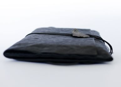 Leather goods - CARBONE BLACK JEWEL LEATHER POCHETTE - SLOW