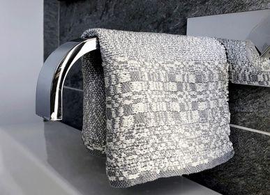 Bath linens - Handwoven Linen Towel KATPEDE - JURATE