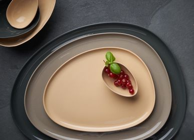 Everyday plates - STONE Single Color Plate Set - ESMA DEREBOY HANDMADE PORCELAIN
