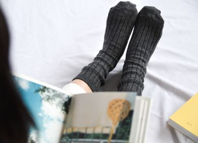 Socks - CASHMERE RIBBED SOCKS - NISHIGUCHI KUTSUSHITA