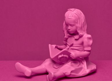 Sculptures / statuettes / miniatures - RESIN FIGURINE color PINK The Girl & the Book - BLOOP