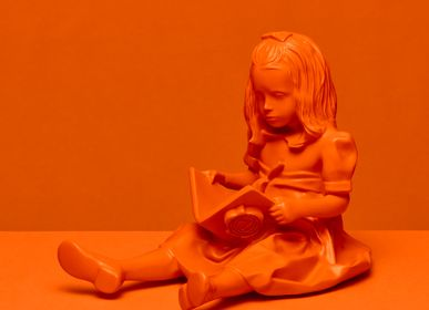 Children's fashion - RESIN FIGURINE color ORANGE - The Girl & the Book - BLOOP
