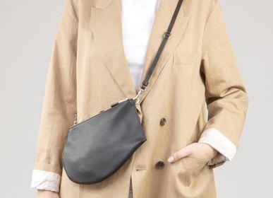 Clutches - Zip Maxi - Khaki Leather pouch - MLS-MARIELAURENCESTEVIGNY