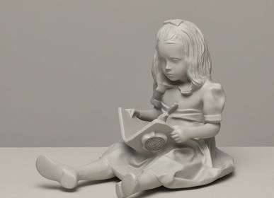 Decorative objects - RESIN FIGURINE color Beige The Girl & the Book - BLOOP