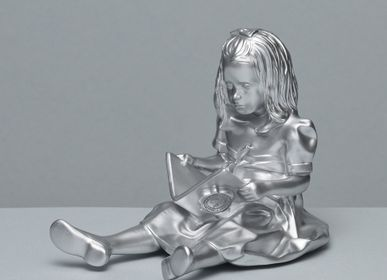 Design objects - RESIN FIGURINE color Chrome The Girl & the Book - BLOOP