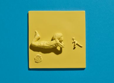 Wall decoration - RESIN TILES color Yellow - Boy & The Dino - BLOOP