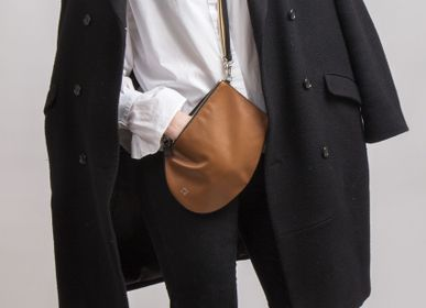 Bags / totes - Zip Maxi Tan - Leather bag with removable shoulder strap - MLS-MARIELAURENCESTEVIGNY