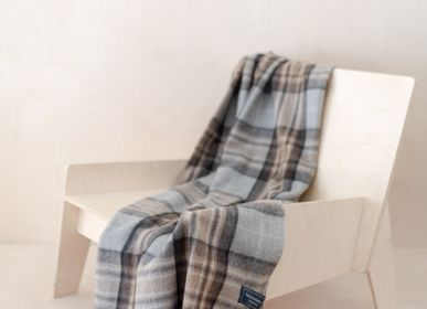 Plaids - Couverture en laine recyclée in Mackellar Tartan - THE TARTAN BLANKET CO.