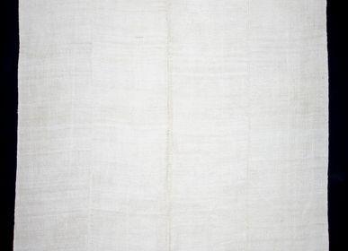 Classic - WHITE RUG - OLDNEWRUG
