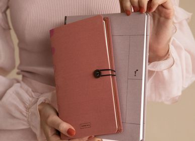 Papeterie / carterie / écriture - Linen notebook with button / Rose Dawn - TINNE+MIA