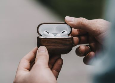 Smart objects - AirPods Wooden Case - OAKYWOOD