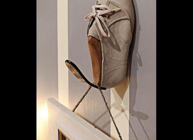 "Wardrobe - Creative handmade hangers ""Medium Size"" - GILDE SCARTI E MESTIERI"